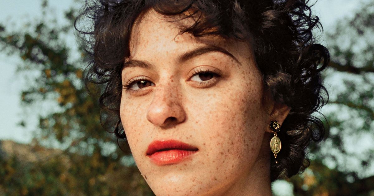 Alia Shawkat Has Never Been a 'Clean-Haired Girl'