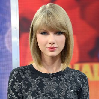 GOOD MORNING AMERICA - Taylor Swift talks about her new