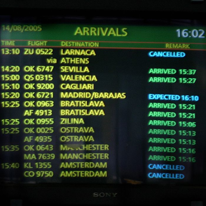 Prague, CZECH REPUBLIC: A picture taken 14 August 2005 at Prague airport shows a screen announcing that Helios flight ZU 0522 from Larnaca to Prague via Athens was cancelled. A Cypriot official said first indications from the Greek authorities were that the crash of a Cypriot airliner near Athens on Sunday was not the result of a terror attack.