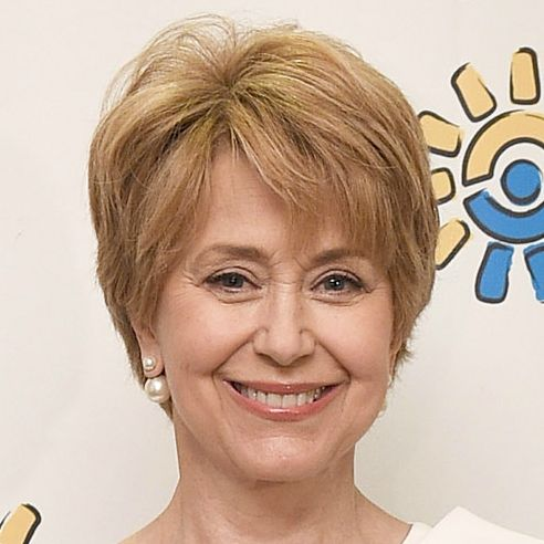 ... Osgood Picks Jane Pauley As His Successor on CBS Sunday Morning