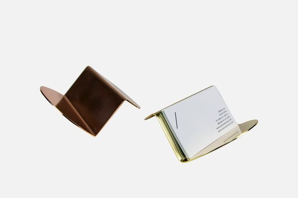Nina Cho for Souda Wave Business-Card Holder