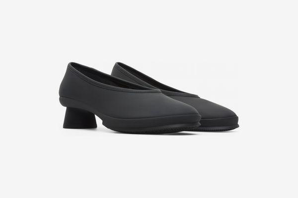Most Comfortable Black Flats Under $200
