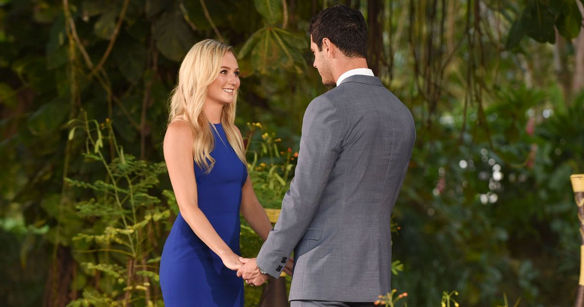 The Bachelor Winner Wore A Rent The Runway Gown