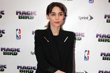 "NEW YORK, NY - APRIL 11:  Rooney Mara attends the ""Magic/Bird"" Broadway opening night at the Longacre Theatre on April 11, 2012 in New York City.  (Photo by Bruce Glikas/FilmMagic)"