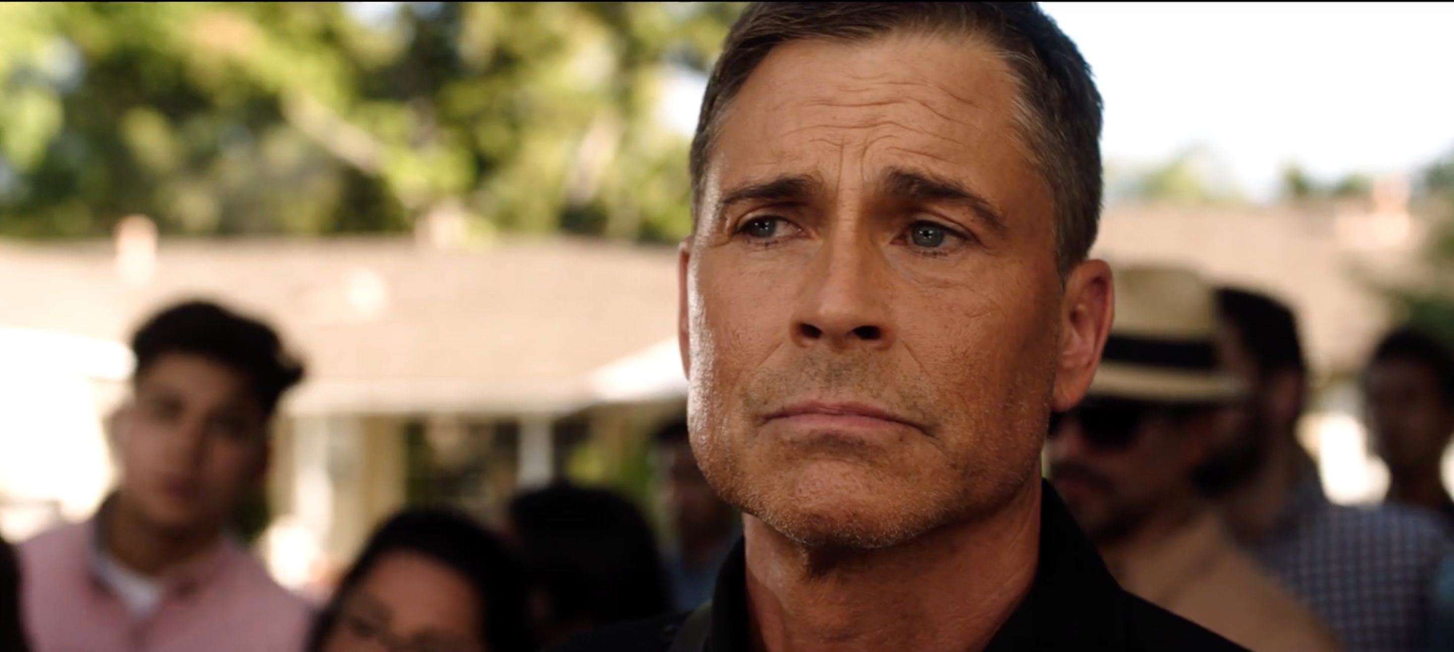 The 9-1-1: Lone Star Trailer Puts Austin in So Much Peril, But At Least There's Rob Lowe