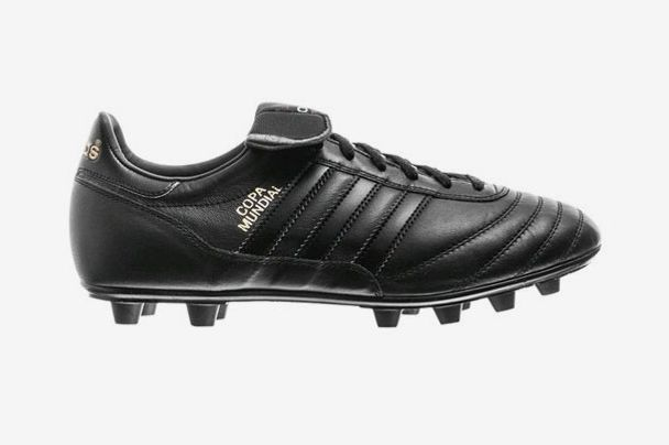 online store bce8b 5fe76 Adidas Copa Mundial Blackout