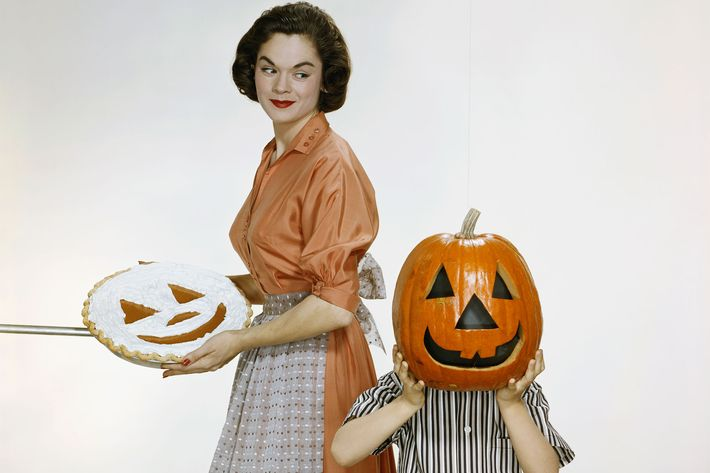 Photo Tom Kelley Archive/Getty Images  sc 1 st  NYMag & Last-minute Halloween Costume Ideas Amazon