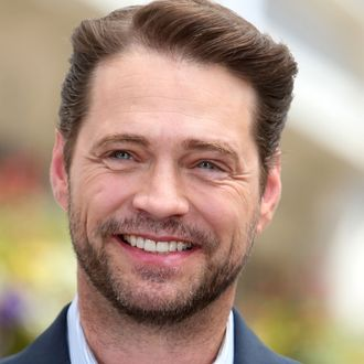 EXTRA Interviews Jason Priestley At Westfield Century City