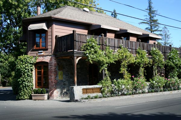 Two Men Indicted in Massive French Laundry Wine Robbery