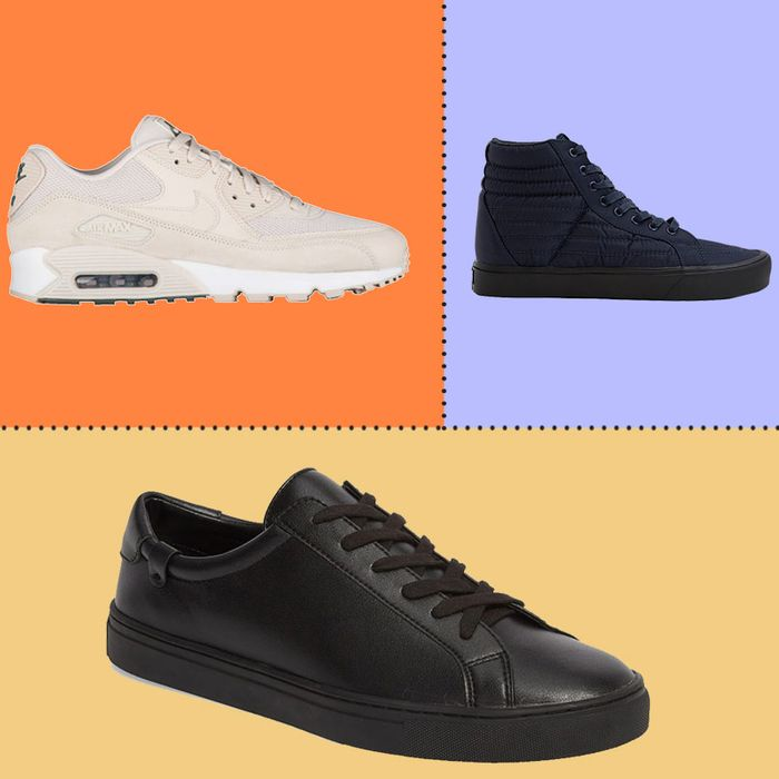 Farmacología cilindro Completo  The Best Monochrome Sneakers for Men | The Strategist | New York Magazine