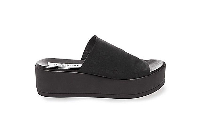 74bf83016be Steve Madden Is Bringing Back Their Black Chunky Slides
