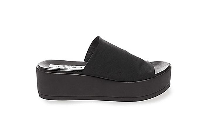 If you were (or simply just aspired) to be one of the cool girls in the  '90s, there was one brand that was pretty high on that list: Steve Madden.