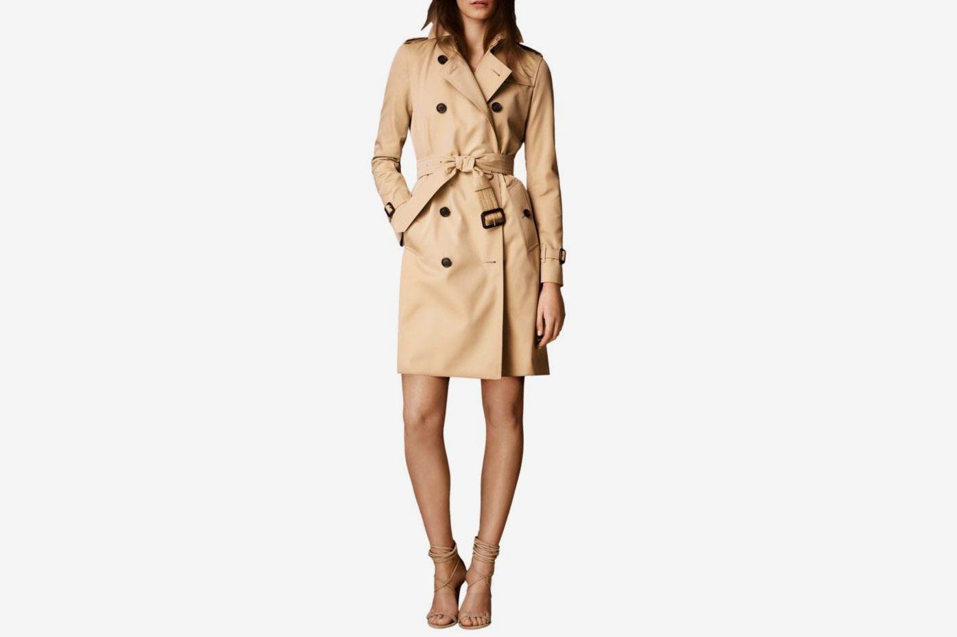 Burberry Kensington Long Heritage Trench Coat Color: