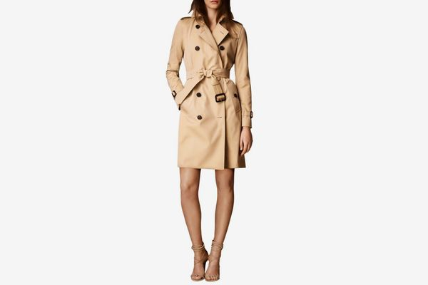 Burberry Kensington Long Heritage Trench Coat Color:
