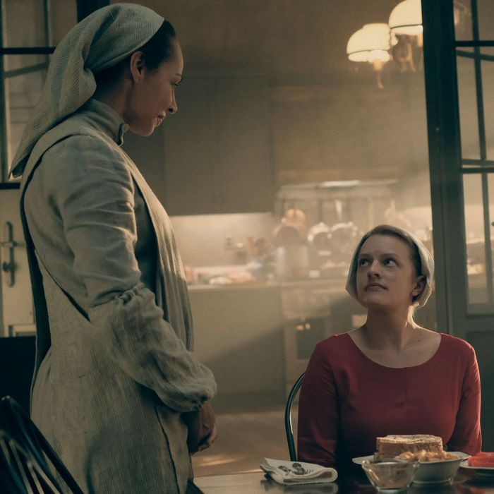 The Handmaids Tale The Biggest Changes From The Book