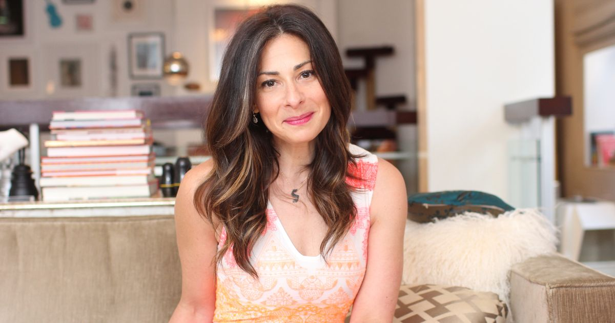 Stylist Stacy London Tries to Stick to the Paleo Diet, Eats Mentos Anyway
