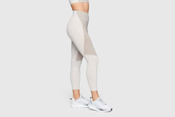 Outdoor Voices TechSweat 3/4 Two-Tone Leggings (Coyote/Atmosphere)