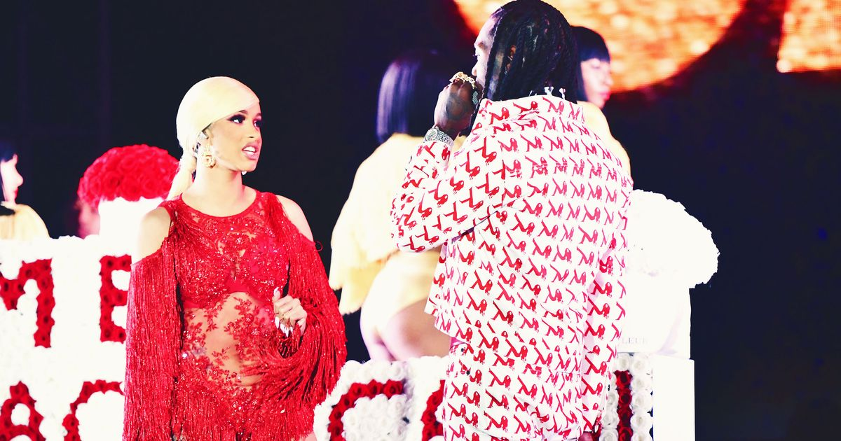 Cardi B Gives Offset A Lap Dance Onstage At Bet Awards: Cardi B, Offset, And The Truth About 'Take Me Back' Culture