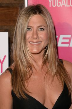 Jennifer Aniston & Her Makeup Artist Talk Beauty -- The Cut