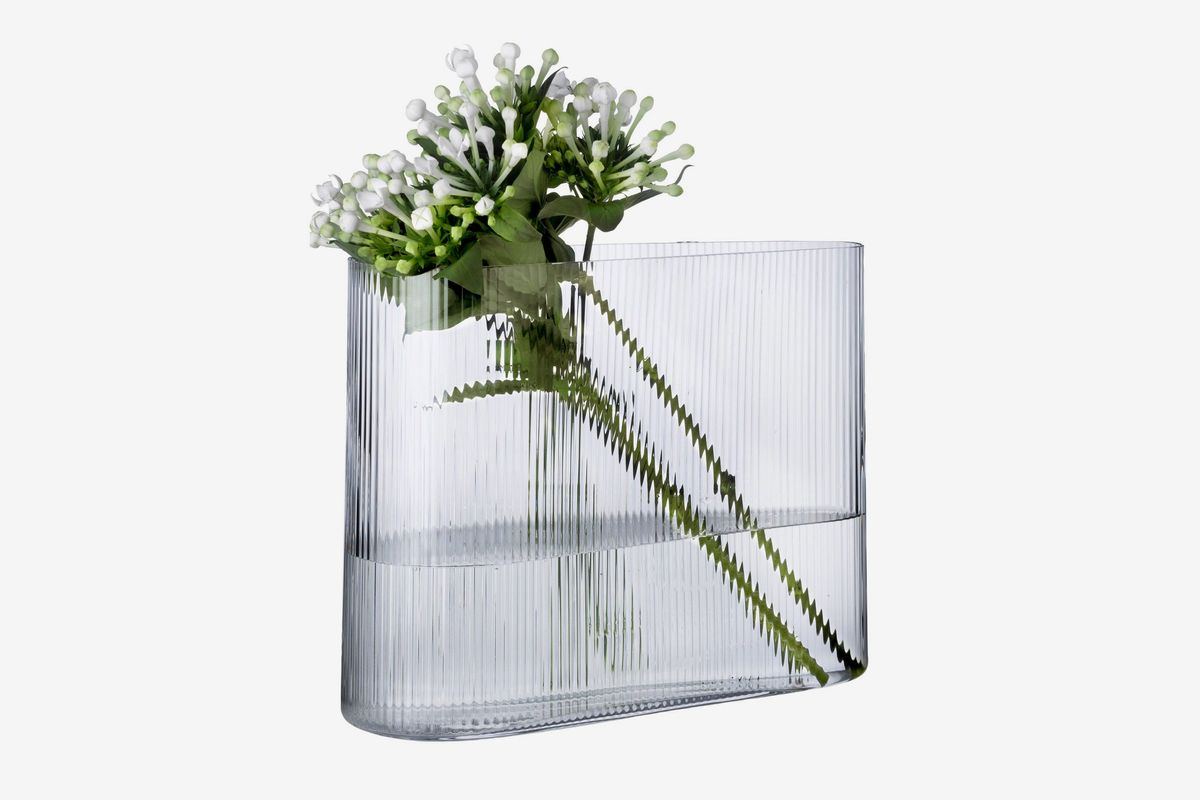 19 Of The Best Vases For Spring Plants And Flowers The Strategist New York Magazine