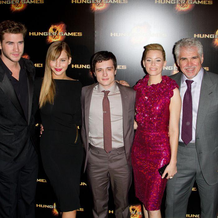 Liam Hemsworth, Jennifer Lawrence, Josh Hutcherson, Elizabeth Banks and Gary Ross attend the
