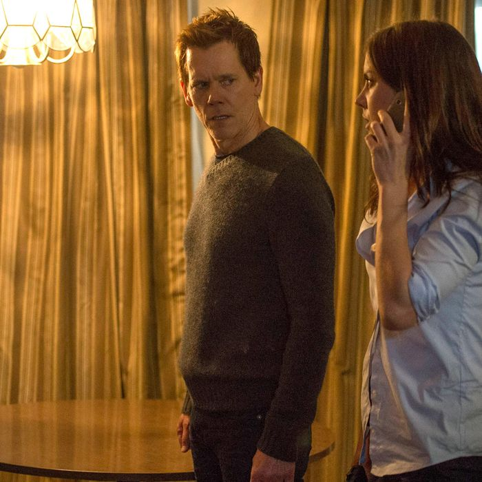"""THE FOLLOWING: In an attempt to find out more information, Ryan (Kevin Bacon, L) and Max (Jessica Stroup, R) capture a suspect in the """"Reflection"""" episode of THE FOLLOWING airing Monday, Feb. 17 (9:00-10:00 PM ET/PT) on FOX. ©2014 Fox Broadcasting Co. CR: David Giesbrecht/FOX"""