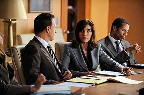 """Get A Room""--Will (Josh Charles, left) and Alicia (Julianna Margulies, center) go toe-to-toe with Will's ex during a marathon court-ordered mediation, on THE GOOD WIFE, Sunday, Oct. 9 (9:00-10:00 PM ET/PT) on the CBS Television Network.Photo: Jeffrey Neira/CBS ?2011 CBS Broadcasting Inc. All Rights Reserved."