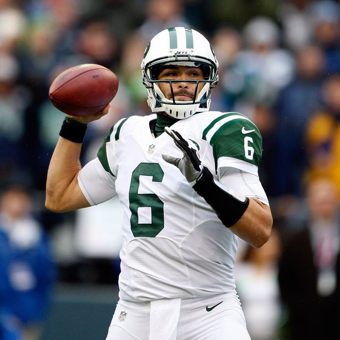 Quarterback Mark Sanchez #6 of the New York Jets throws in the first quarter against the Seattle Seahawks at CenturyLink Field on November 11, 2012 in Seattle, Washington. Seattle defeated New York Jets 28-7.