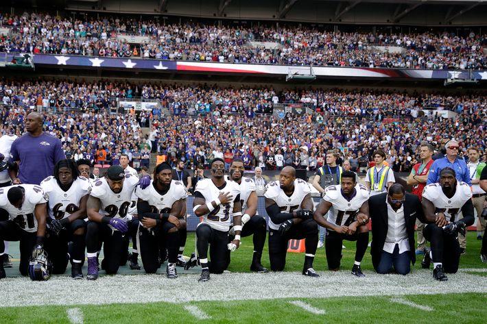 [Image: 24-nfl-ravens-jaguars-anthem-protest.w710.h473.jpg]
