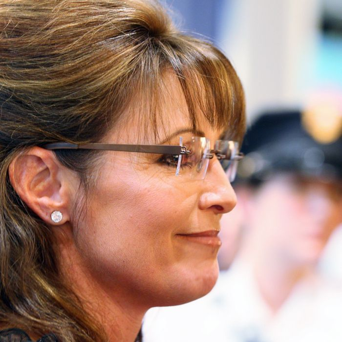 BLOOMINGTON, MN - JUNE 29: Sarah Palin signs her book at the Best Buy Rotunda at Mall of America on June 29, 2011 in Bloomington, Minnesota. (Photo by Adam Bettcher/Getty Images)