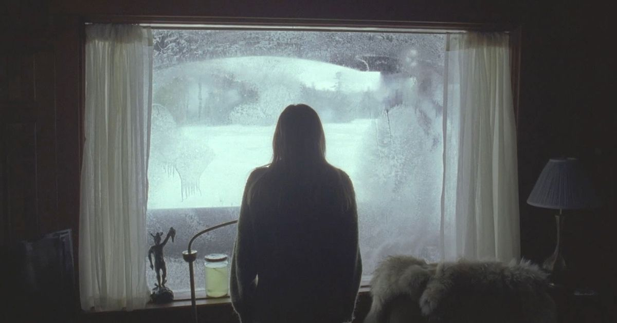 The 40 Best Horror Movies on Hulu Right Now thumbnail