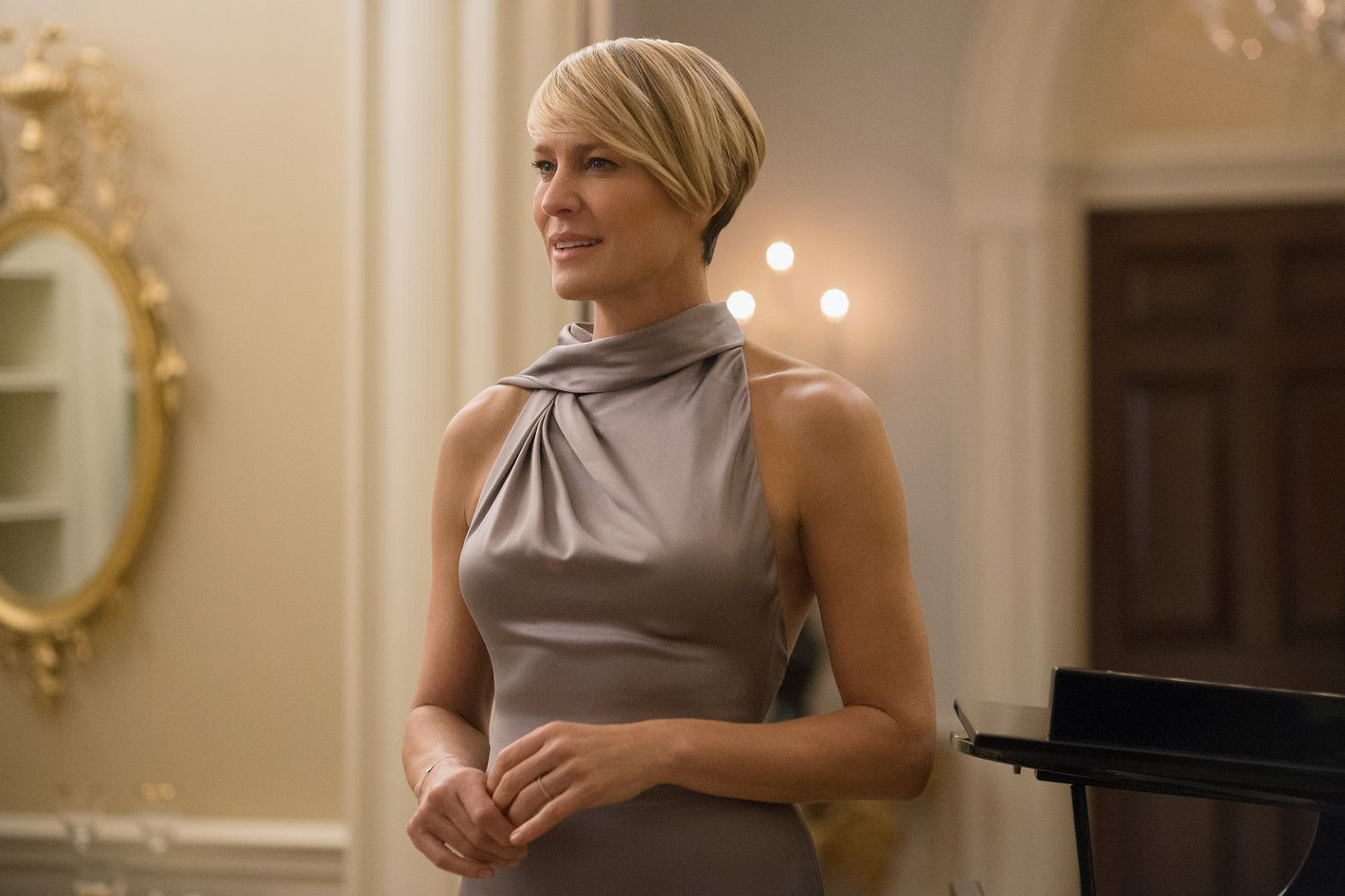 On House Of Cards Claire Underwood Wears Lipstick From Target