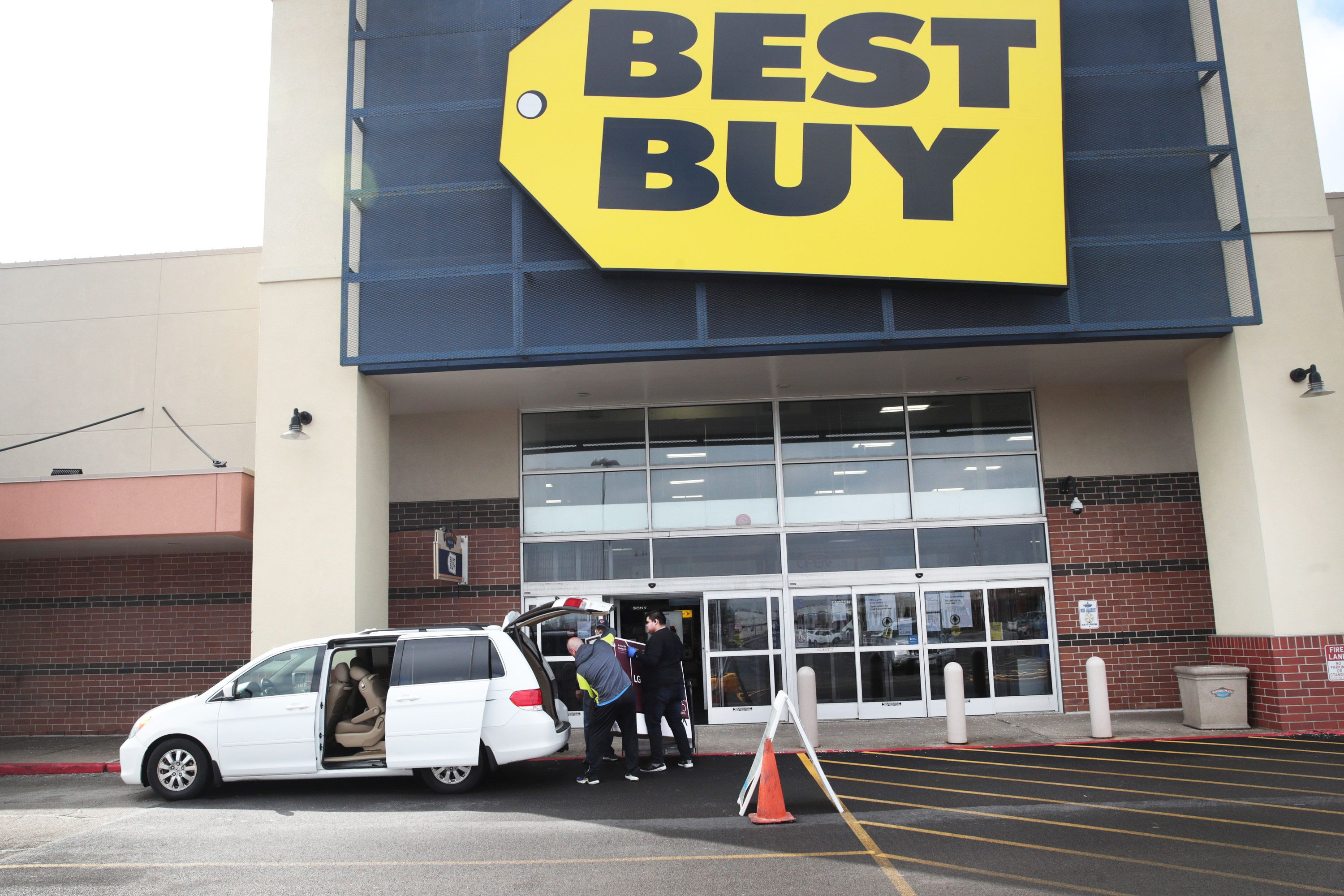 18 Stores Doing Curbside Pickup What You Can Get The Strategist New York Magazine
