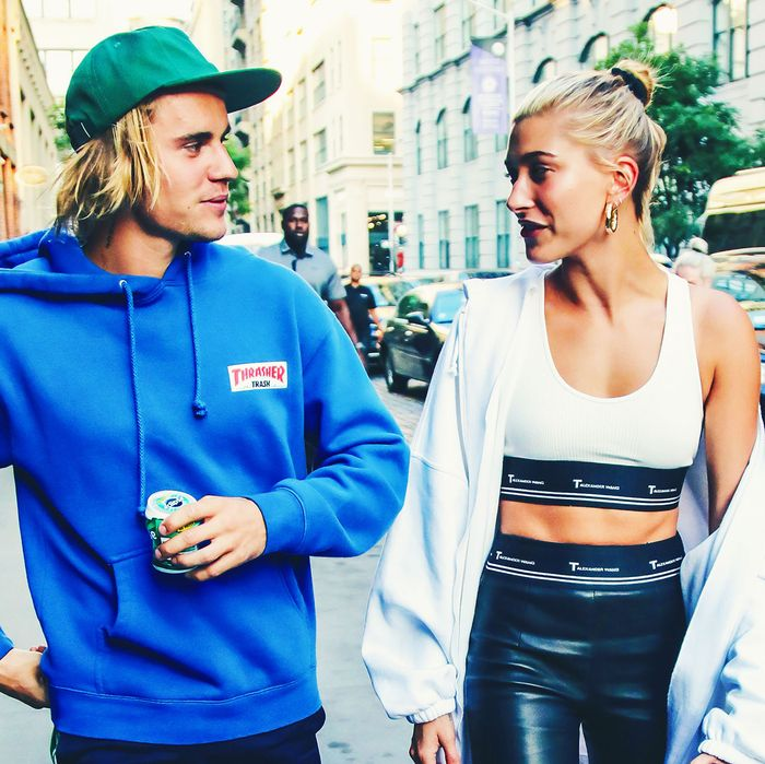 Hailey Baldwin Engagement Ring: Report: Justin Bieber Spends $500,000 On Engagement Ring