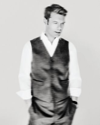 Seacrest wearing Ryan Seacrest Distinction.