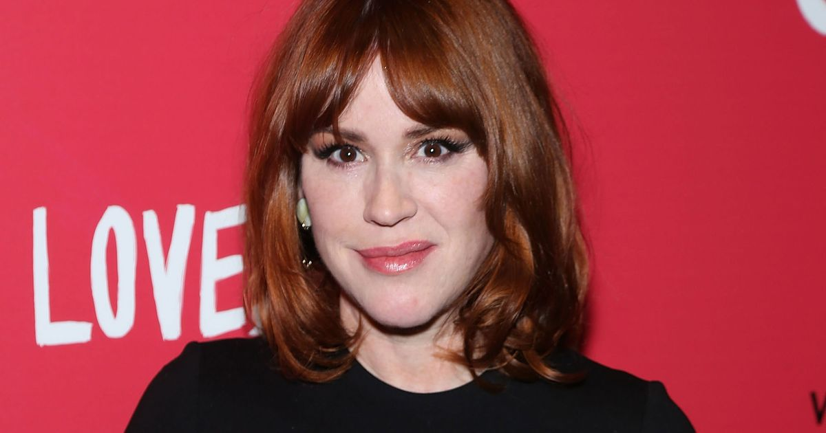 Molly Ringwald - News & Photos | WVPhotos