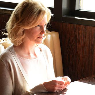 Skyler White (Anna Gunn) - Breaking Bad _ Season 5, Episode 10 - Photo Credit: Ursula Coyote/AMC