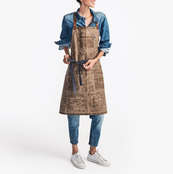 Hedley and Bennett The Waxman Apron in Montana