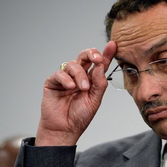 WASHINGTON, DC - SEPTEMBER 16: District of Columbia Mayor Vincent Gray briefs members of the media at a DC government building not far away from the Washington Navy Yard on September 16, 2013 in Washington, DC. At least 12 people were killed in a morning shooting rampage at the Navy Yard, according to published reports. The gunman was killed as well, according to the reports. (Photo by Patrick McDermott/Getty Images)