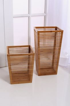 In This Space Rustic Open Slats Entry-Way Umbrella Storage