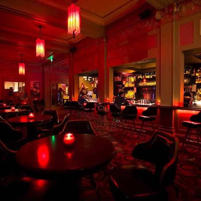 The bar of the Alamo Drafthouse Cinema New Mission.