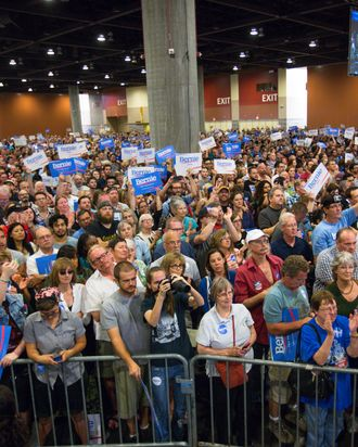 Bernie Sanders Draws The Biggest Campaign Crowd Yet Again