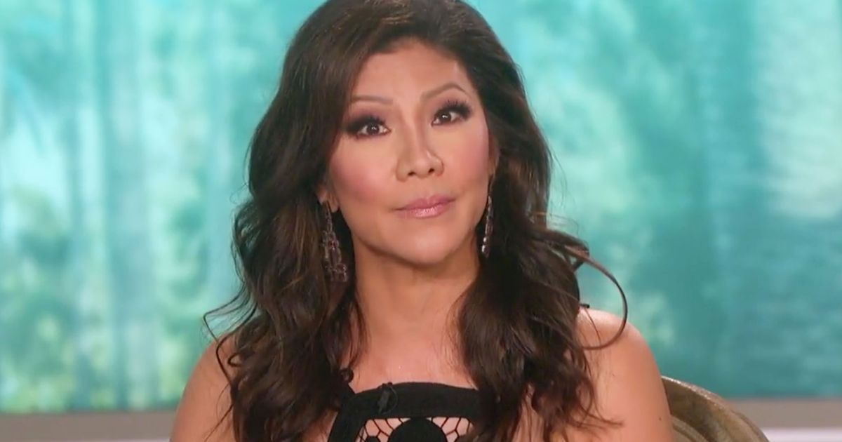Julie Chen Reiterates Support for Les Moonves on The Talk