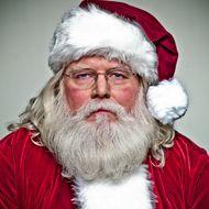Worst Santa Ever Robs KFC at Knifepoint