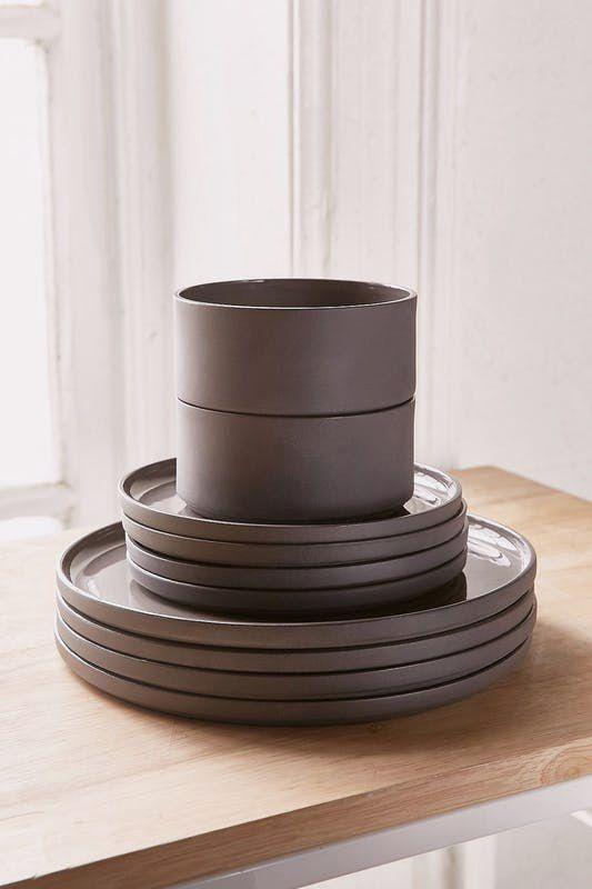 modern dinnerware set