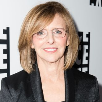 this is how much nancy meyers loves a good kitchen. Black Bedroom Furniture Sets. Home Design Ideas