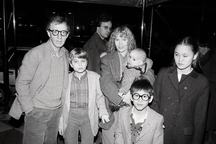 091af5c5d6c0 1986: Woody Allen and Mia Farrow with their children, from left, Fletcher,  Dylan (in Farrow's arms), Moses, and Soon-Yi, in New York.