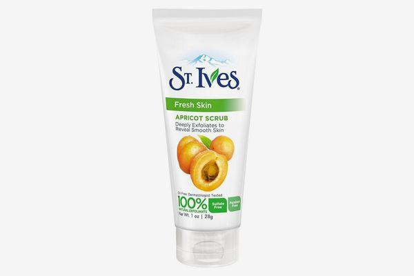 St. Ives Fresh Skin Invigorating Apricot Scrub