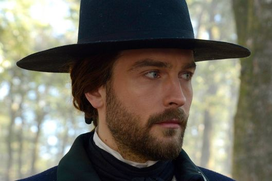 "Ichabod (Tom Mison) in the ""Tempus Fugit"" Season Finale episode of SLEEPY HOLLOW."