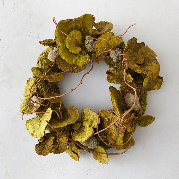 Shelf Mushroom + Moss Wreath